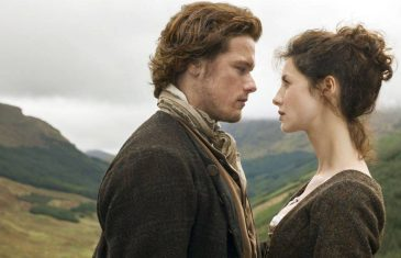 Balfe y Heughan en Outlander