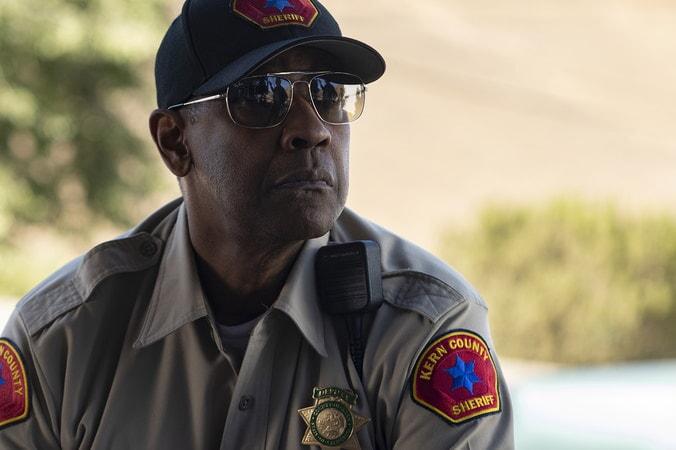 Joe 'Deke' Deacon, un policía experto en los pequeños detalles. WARNER