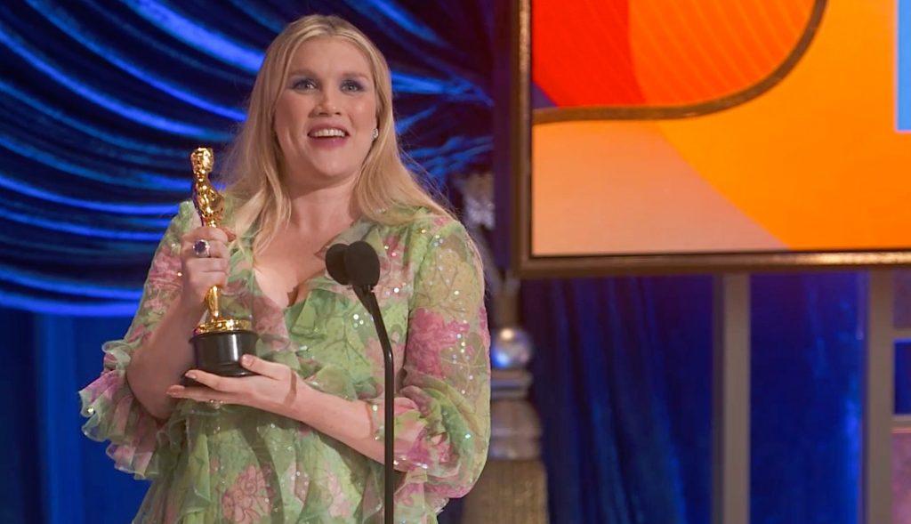 Emerald Fennell ganadora del mejor guion Original