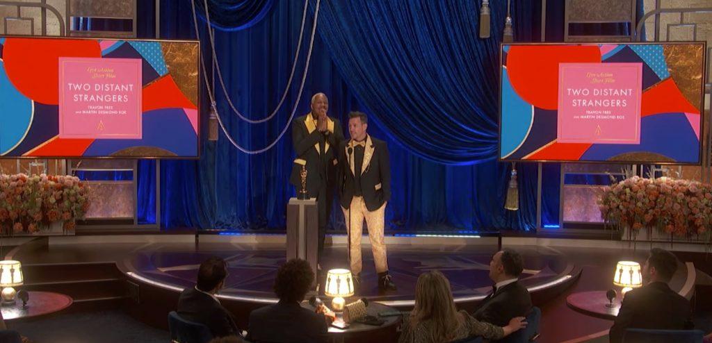 Two Distant Strangers (TRAVON FREE, MARTIN DESMOND ROE) ganador del mejor cortometraje de ficción