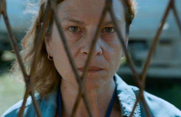 La desesperación de una madre. Quo vadis, Aida?