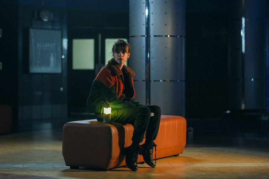 Emily (Daisy Edgar-Jones) será una de las piezas clave de esta segunda temporada de La guerra de los mundos. FOX