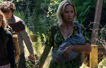 Emily Blunt junto a sus hijos en Un lugar tranquilo 2