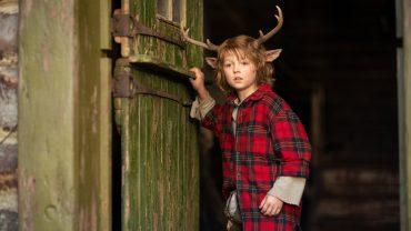 Gus es el nombre del niño ciervo. NETFLIX