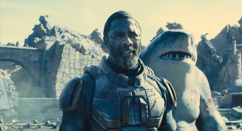 Idris Elba y Sylvester 'King Shark' Stallone, dos grandes aciertos de El Escuadrón Suicida. WARNER